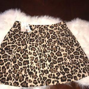 Banana Republic Leopard Print Skirt 8P NWT
